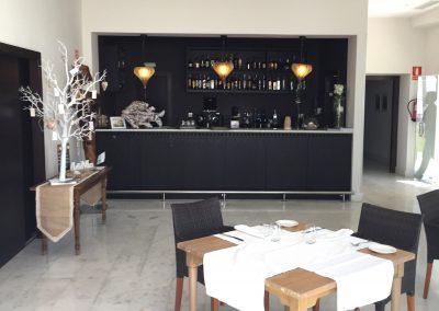Bar-area-at-Estrella-Beach-Club-Marbella