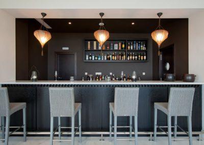 Bar-at-Beach-Club