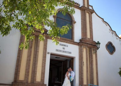 Bride-and-Groom-outside-Catholic-Church-in-Spain