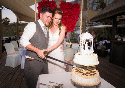 Cake cutting at Luna