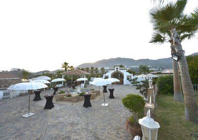 Drinks reception at FInca Dulzura