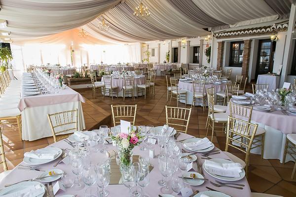 15 - Wedding banquet set up